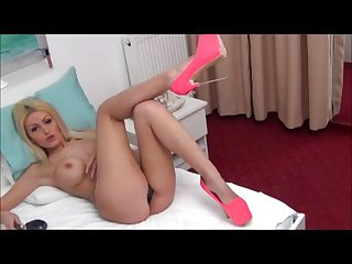 Big Boobs Blonde's Pussy