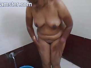 Big Tits Indian Bhabhi Shower