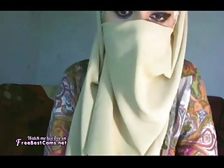 Amateur Busty Hijab Big Tits Arab On Webcam