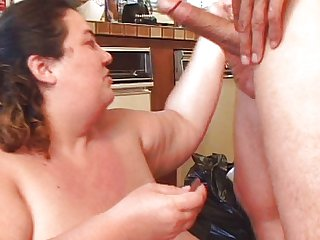 Fat babe fucks guy until he cums