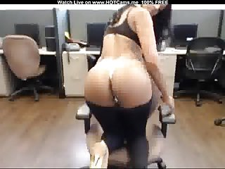 Busty Latina Babe With Nice Ass Strip & Play